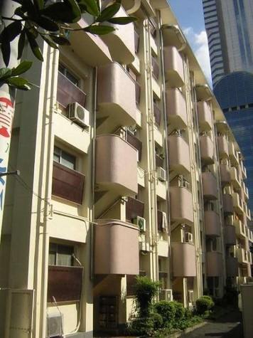 新宿ローヤルコーポ 建物画像1
