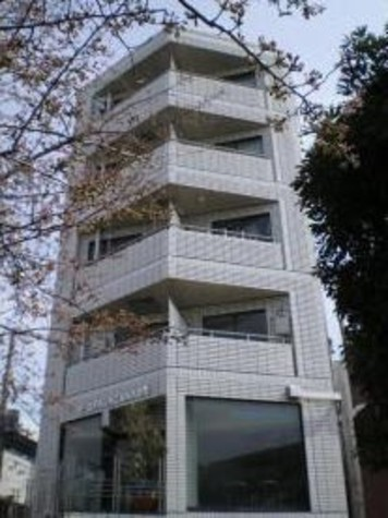 ユタカビル 建物画像1